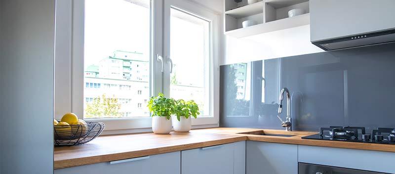 Como aprovechar el espacio en tu cocina